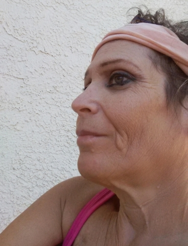 Iris Ayers of Summerlin has been battling ovarian cancer since 2013. (Special to View)