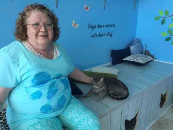 Patty Kreckman pets Farrah Aug. 17, 2015 at Hearts Alive, a rescue facility at 1750 S. Rainbow Blvd, Suite 4. Kreckman, a cancer survivor, is the house sitter for some of the animals rescued by th ...