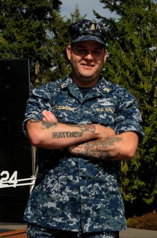 Chief Petty Officer Steve Ludwiski, a yeoman and a Las Vegas native, is serving with Commander, Submarine Group Nine in Silverdale, Wash., in the U.S. Navy. (U.S. Navy photo by Mass Communication  ...