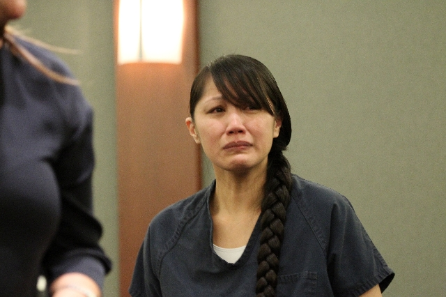 Michelle Paet, on trial for the murder of her husband Nathan, appears in court for her plea at the Regional Justice Center in Las Vegas Thursday, Oct. 1, 2015. (Erik Verduzco/Las Vegas Review-Journal)