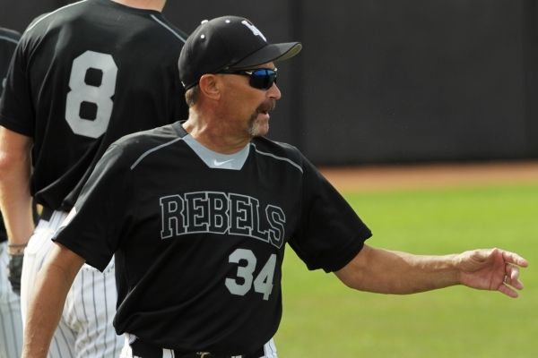 UNLV head coach Tim Chambers motions to a player during their 7-1 defeat of Grand Canyon University Tuesday, March 17, 2015 at Earl E. Wilson Stadium. (Sam Morris/Las Vegas Review-Journal)