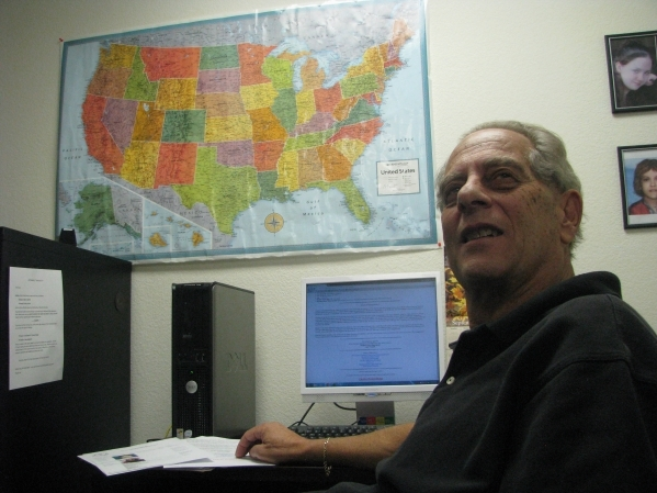 Stu Michaels Speaks at the offices of Can You Identify Me at 405 Max Court,  Ste 240,  Henderson. (F. Andrew Taylor/View)