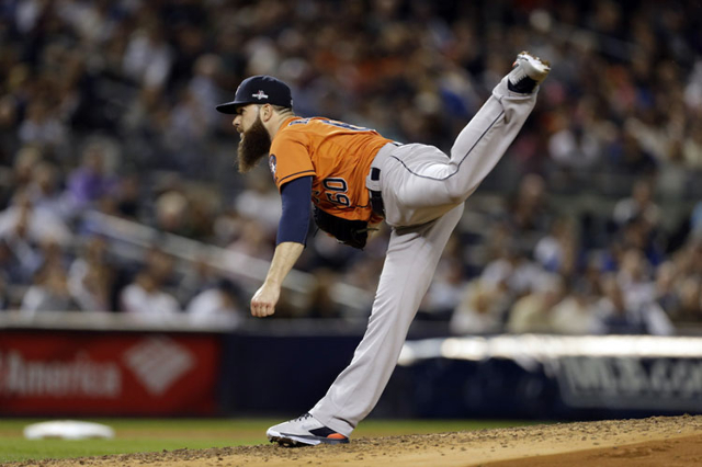 Oct 6, 2015; Bronx, NY, USA; Houston Astros starting pitcher Dallas Keuchel (60) throws against the New York Yankees during the fifth inning in the American League Wild Card playoff baseball game  ...