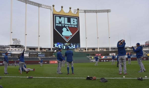 Oct 26, 2015; Kansas City, MO, USA; New York Mets players stretch out during workouts the day before game one of the 2015 World Series against the Kansas City Royals at Kauffman Stadium. Mandatory ...