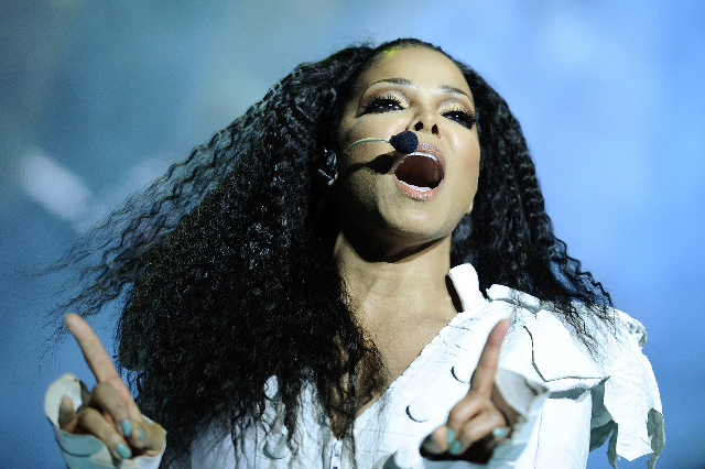 """Janet Jackson performs on stage during her  """"Number Ones - Up Close and Personal"""" tour at the Royal Albert Hall in London June 30, 2011. (Dylan Martinez/Reuters)"""