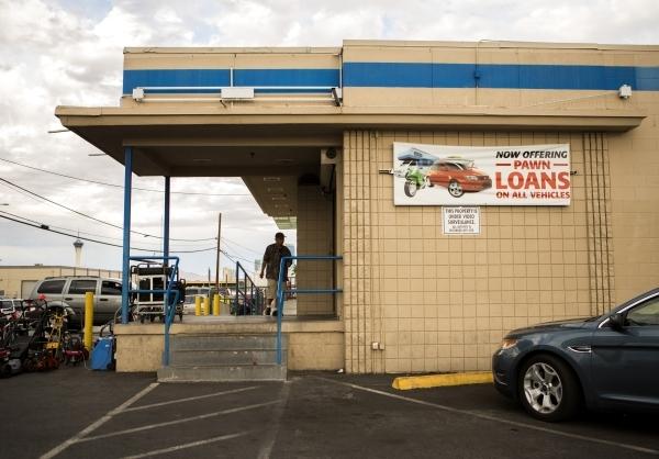 Title loan company EZ Money, at 3010 S. Valley View Boulevard, is seen Sept. 25,2015. JEFF SCHEID/LAS VEGAS REVIEW-JOURNAL Follow him @JLSCHEID