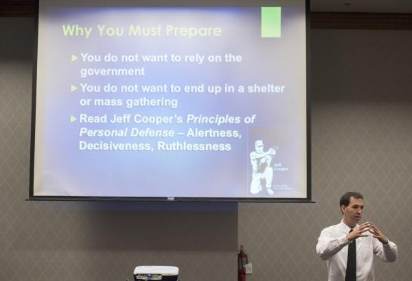 Former C.I.A. agent Jason Hanson teaches his Spy Escape & Evasion live training class at the Hampton Inn Tropicana in Las Vegas on Friday, Oct. 16, 2015. Martin S. Fuentes/Las Vegas Review-Journal