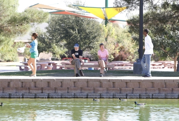 People enjoy the weather at Sunset Park, near McCarran International Airport. (Bizuayehu Tesfaye/Las Vegas Review-Journal Follow @bizutesfaye)