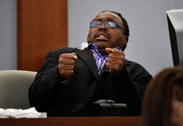Tehran Boldon, younger brother  of murder victim Michael Bolden, gives his testimony during Ammar Harris's penalty hearing at the Regional Justice Center on Monday, Nov. 2, 2015, in Las Vega ...