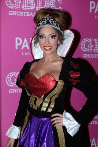Farrah Abraham arrives at Ghostbar Dayclub in her Queen of Hearts Halloween costume. (Joe Fury)