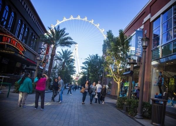 People walk through the The Linq Promenade  on Monday, Nov. 9,2015 Jeff Scheid/ Las Vegas Review-Journal Follow @jlscheid