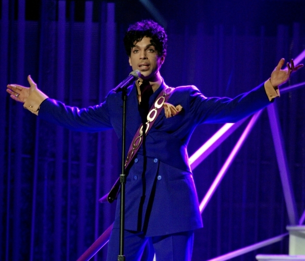 Singer Prince performs during the 46th annual Grammy Awards in Los Angeles February 8, 2004. REUTERS/Gary Hershorn  PJ/GAC - RTRC7DD