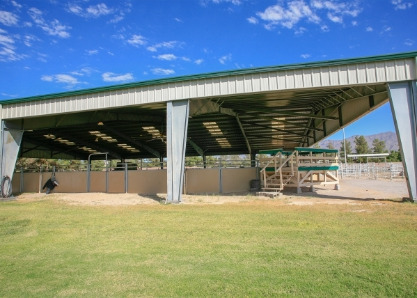 The large arena has a shaded structure and is sufficient in size to hold small horse shows. ELKE COTE/REAL ESTATE MILLIONS