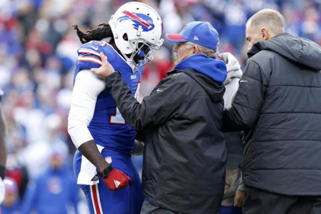 Oct 18, 2015; Orchard Park, NY, USA; Buffalo Bills wide receiver Sammy Watkins (14) is helped off the field and did not return after being injured against the Cincinnati Bengals during the first h ...