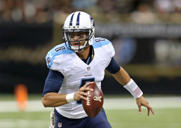 Nov 8, 2015; New Orleans, LA, USA; Tennessee Titans quarterback Marcus Mariota (8) looks to make a throw in the second quarter of their game against the New Orleans Saints at the Mercedes-Benz Sup ...
