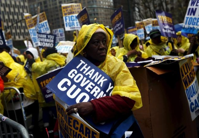 Fast-food workers and their supporters join a nationwide protest for higher wages and union rights in New York November 10, 2015. (Shannon Stapleton/Reuters)