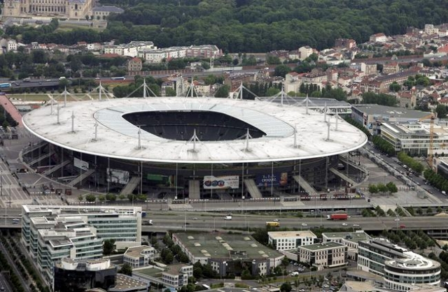 An aerial view shows the Stade de France stadium in Paris, France in this June 15, 2005 file picture. (Reuters)