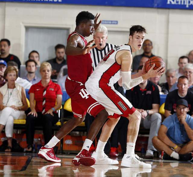 Indiana Hoosiers center Thomas Bryant (31) guards  UNLV Runnin Rebels center Stephen Zimmerman Jr. (33) during the Maui Jim Maui Invitational at the Lahaina Civic Center. (Brian Spurlock/USA Today)