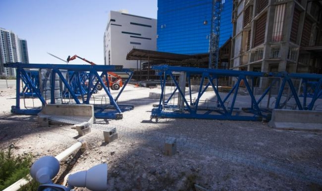Fontainebleau, a shuttered project at the north end of the Las Vegas Strip. (Las Vegas Review-Journal file)