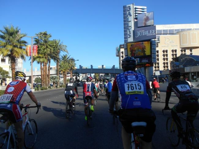 A record 800 bicyclists took to the Strip and roads in the Las Vegas area to honor and help injured veterans as part of the Ride 2 Recovery Honor Ride Saturday. (Alan Snel/Las Vegas Review-Journal)