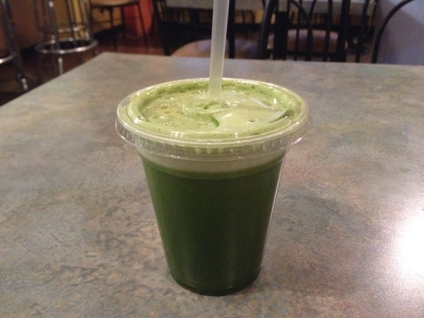 "Go Raw Cafe's A ""OK"" featuring apple, orange and kale. Sandy Lopez/View"