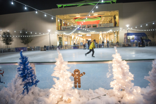 Here S A List Of Must Dos During The Las Vegas Christmas Season
