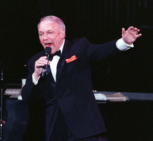 Frank Sinatra performs at Bally's in 1990. (Las Vegas Review-Journal file)