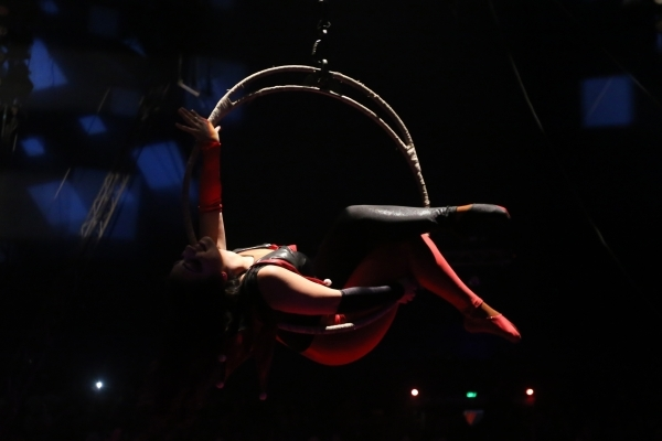 Annabel Bachliyski performs during the opening night for Circus Vargas at the Meadows Mall parking lot in Las Vegas Thursday, Dec. 11, 2015. Rachel Aston/Las Vegas Review-Journal Follow@rookie__rae