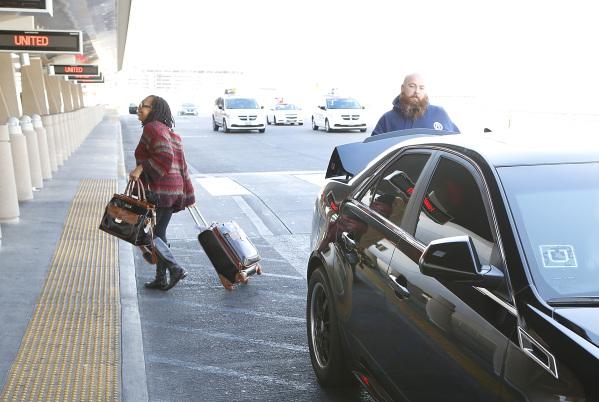Uber Begins Picking Up Dropping Off Passengers At Mccarran Las