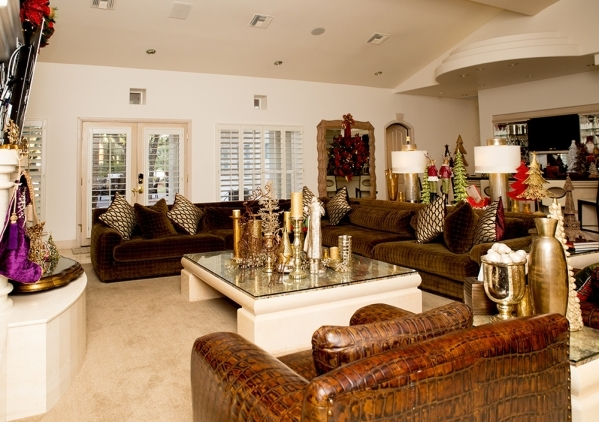The living room is dressed for the holidays.   TONYA HARVEY/REAL ESTATE MILLIONS