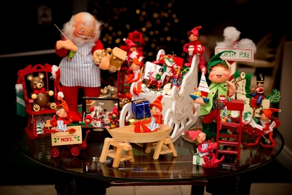 Barbara Heinrich starts decorating her home for Christmas in September.   TONYA HARVEY/REAL ESTATE MILLIONS