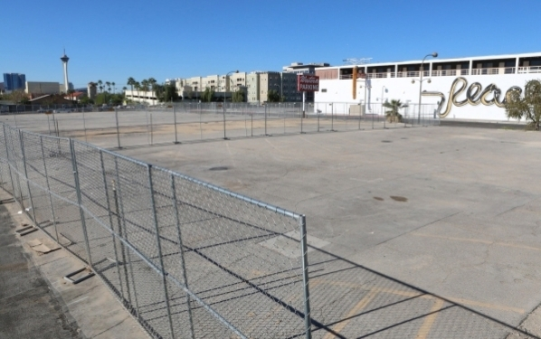 An empty lot at 917 Fremont St., shown Oct. 22, is soon to be home to a five-story, 226-unit, mixed-use development set to include 15,000 square feet of commercial space. Bizuayehu Tesfaye/View fi ...