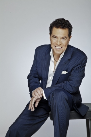 Cabaret Jazz regular Clint Holmes joins four Broadway veterans for The Smith Center's annual  New Year's Eve concert in Reynolds Hall. COURTESY SMITH CENTER FOR THE PERFORMING ARTS