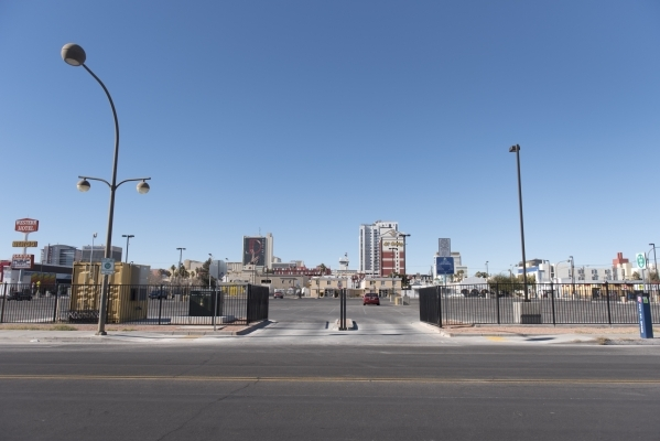 The Llama Lot located at 152 N. 9th St. in Las Vegas is seen Thursday, Dec. 31, 2015. Nearby residents, churches and businesses complain about loud noises when the lot is used by Downtown Project  ...