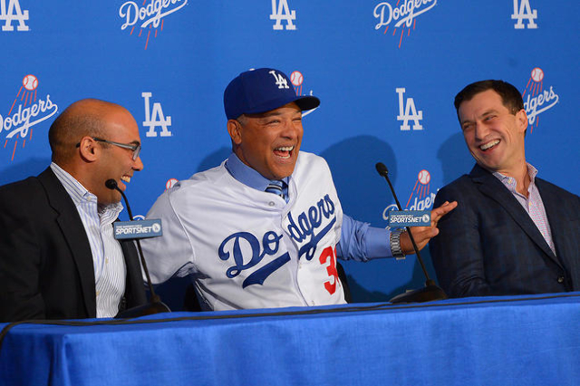 dodgers introduce dave roberts   manager las vegas review journal