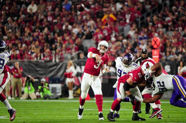 Dec 10, 2015; Glendale, AZ, USA; Arizona Cardinals quarterback Carson Palmer (3) throws during the first half against the Minnesota Vikings at University of Phoenix Stadium. Mandatory Credit: Matt ...