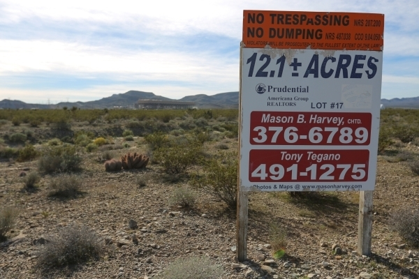 An advertisement for land is seen at the Apex Industrial Park north of Las Vegas on Wednesday, Nov. 18, 2015. (Brett Le Blanc/Las Vegas Review-Journal)