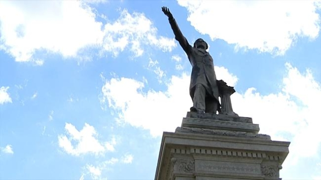 The Jefferson Davis monument in New Orleans. The city council will vote on whether or not to remove the monuments. (WGNO/CNN)