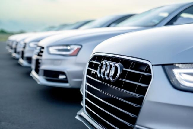 Upscale Car Rental Company Coming To Las Vegas Las Vegas Review - Audi silver car