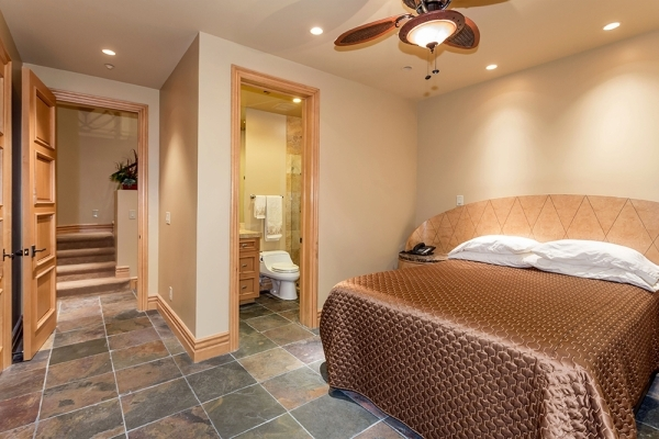 A guest room. COURTESY