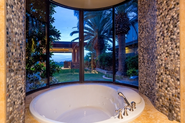 The bath of the second master suite. COURTESY
