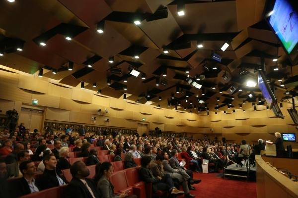 Las Vegas Mayor Carolyn Goodman delivers the annual State of the City address at Las Vegas City Hall on Thursday, Jan. 7, 2016, in Las Vegas. Erik Verduzco/Las Vegas Review-Journal Follow @Erik_Ve ...