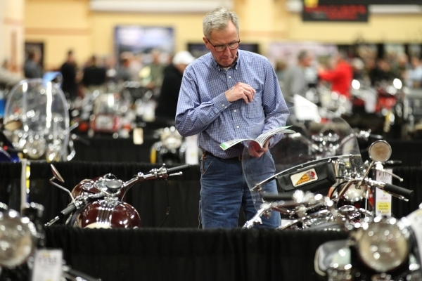 Matt Lyman looks at a 1946 Indian Chief motorcycle on display during the Mecum Auctions event at South Point casino-hotel on Saturday, Jan. 9, 2016, in Las Vegas. Erik Verduzco/Las Vegas Review-Jo ...