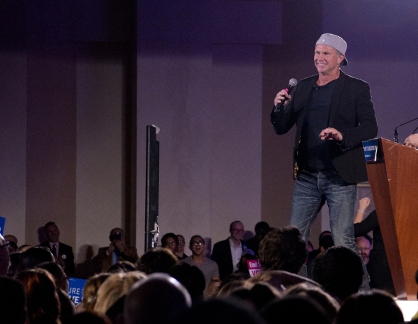 """Grammy Award winner Chad Smith of the Red Hot Chili Peppers speaks to the crowd during the """"Future to Believe In"""" rally supporting Democratic presidential candidate Sen. Bernie Sanders i ..."""