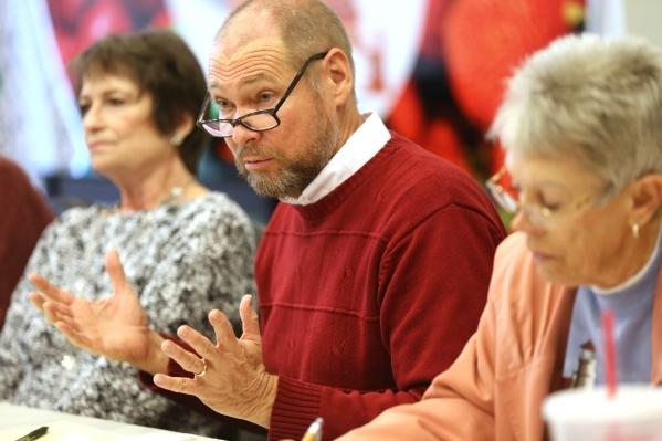 Rev. David Devereaux leads a bible study session at Desert Springs United Methodist Church Thursday, Jan. 7, 2016, in Las Vegas. Rachel Aston/Las Vegas Review-Journal Follow @rookie__rae