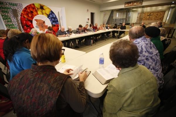 A bible study session at Desert Springs United Methodist Church Thursday, Jan. 7, 2016, in Las Vegas. Rachel Aston/Las Vegas Review-Journal Follow @rookie__rae