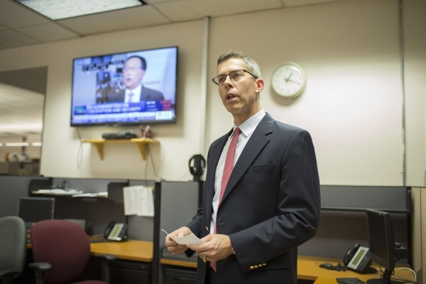 Senior editorial writer Glenn Cook announces his appointment as interim editor of the Las Vegas Review-Journal in the Review-Journal newsroom on Wednesday, Jan. 6, 2016. Brett Le Blanc/Las Vegas R ...