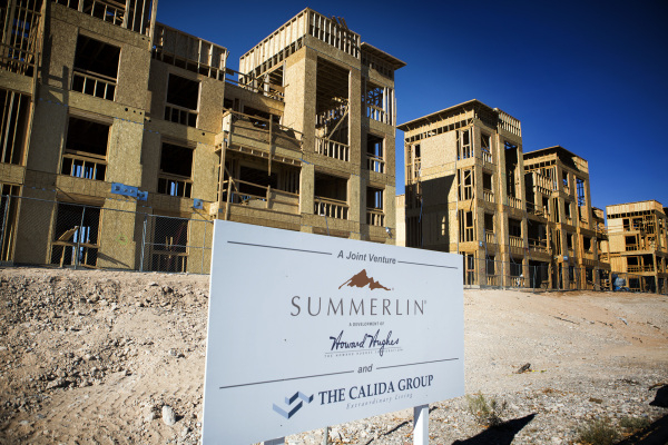 The Constellation apartment complex located on Town Center Drive and Griffith Peak Drive in Downtown Summerlin is seen on Tuesday, Jan. 12, 2016. The 124 luxury rental units,  ranging from 941 to  ...