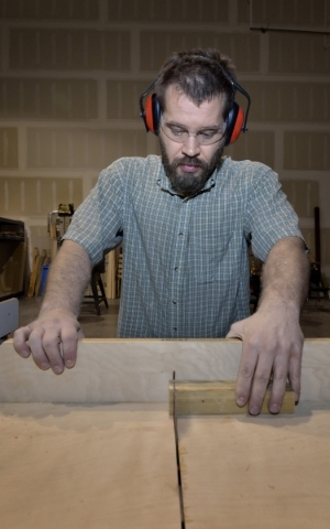 James Wynhoff saws a piece of wood while making an antique-style beer bottle opener at the Syn Shop at 1075 American Pacific Drive in Henderson on Wednesday, Jan. 13, 2016. Bill Hughes/Las Vegas R ...