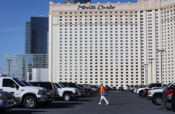 Mgm Resorts U2019 Plan To Charge For Parking Draws Swift
